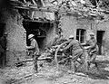 British gunners with 18 pounder at Saint Floris Battle of the Lys 1918 IWM 6583.jpg