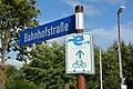 Brunsbüttel, Hinweis Elbe-Radweg NIK 2682.jpg