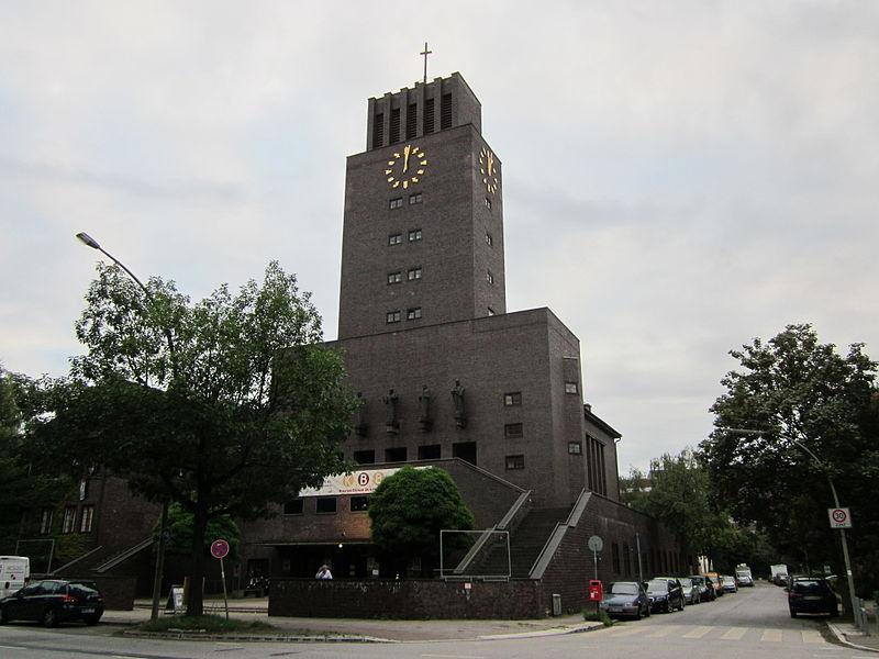 File:Bugenhagenkirche in Hamburg-Barmbek-Süd.jpg