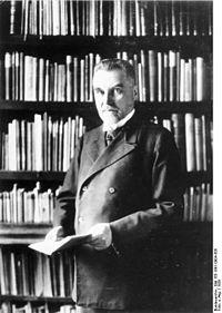 Bundesarchiv Bild 183-1991-0904-505, Prof. Dr. Alfred Grotjahn.jpg