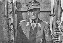 Bundesarchiv Bild 183-2006-0124-503, General Eugen Meindl.jpg