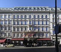 Cafe Sacher Wien.jpg