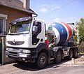 Camion malaxeur4 (8541082288).jpg