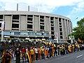 Camp Nou - Via Catalana - abans de l'hora P1200403.jpg
