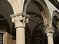 Capitells del palau Sponza de Dubrovnik.JPG