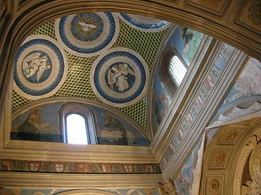 Cappella del cardinale di portogallo 07 tondi di luca della robbia e affreschi di alesso baldovinetti 02