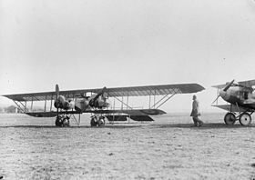 Captured RFC Caudron G.4 bomber - Geiser Theodore (mons) Collection Q44796.jpg