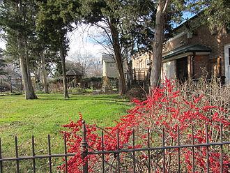Glencarlyn, Virginia - Carlin Family Cemetery