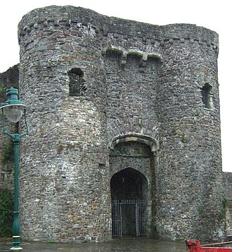 Grade I listed buildings in Carmarthenshire - Image: Carmarthen Castle Gatehouse geograph.org.uk 1188677