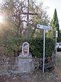 Carmignano, tabernacolo con croce vicino ponte a signa.JPG
