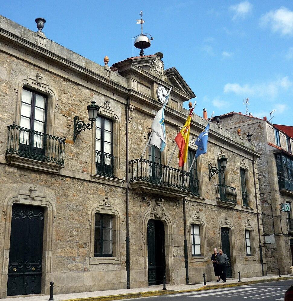 Casa concello A Pobra