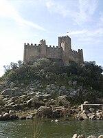 Castelo de Almourol na Primavera.JPG