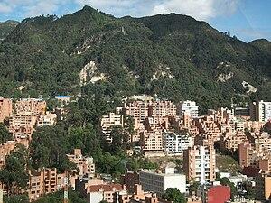 Cerros a la altura de la calle Setenta