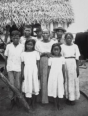 Chamorro people in 1915