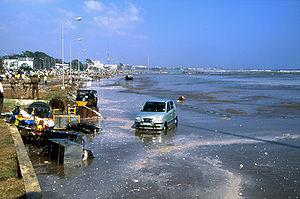 Marina Beach i Chennai efter den första tsunam...