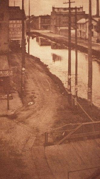Clarence Hudson White - Telegraph Poles 1898