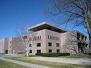 Clark Art Institute, Williamstown, MA - main entrance.JPG