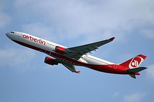 D-AERK A330-322 Air Berlin PMI 26MAY12 (7273375496).jpg