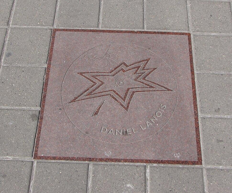 Daniel Lanois star on Walk of Fame