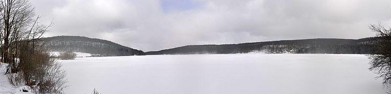 File:Deer Valley - Lake - 1.jpg