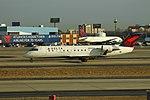 Delta N925EV Bombardier CRJ-200 (39245138745).jpg