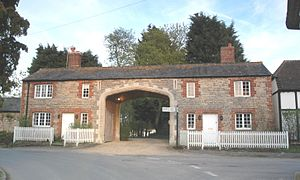 Denchworth - The Archway is the western entrance lodge for the Manor House