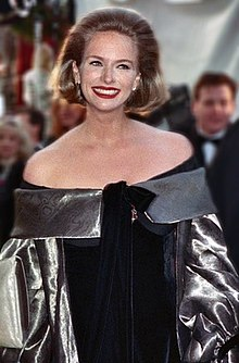 Donna Dixon at the 62nd Annual Academy Awards.jpg