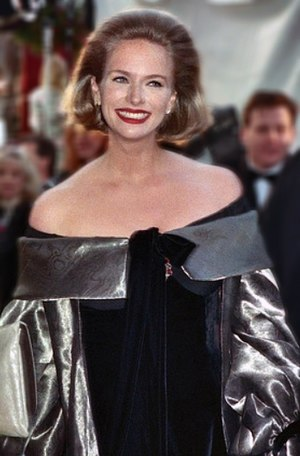 Donna Dixon - Dixon at the 62nd Academy Awards in 1990