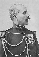El Comandante du Paty de Clam, encargado de la investigación, procedió al arresto del capitán Dreyfus.