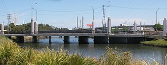 Moonee Ponds Creek - Dynon Road bridge