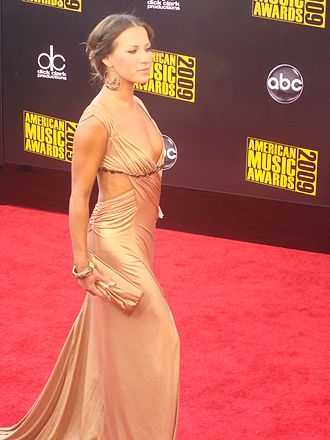 Edyta Śliwińska - Śliwińska at 2009 American Music Awards.