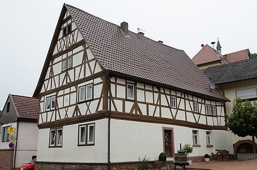 Eichenbühl, Hauptstraße 108 und 110 004
