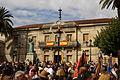 El Palacio de Justicia de Tuy engalanado con banderas españolas (15262553969).jpg