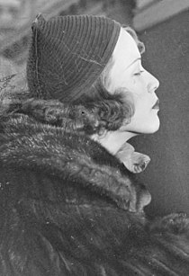 Eleanor powell crop.jpg