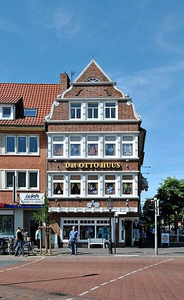 File:Emden, Otto-Huus, 2010-06 CN-01.jpg