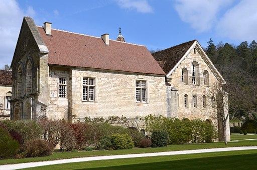 Enfermerie de l'abbaye de Fontenay DSC 0338