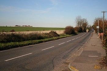 English: Epsom Lane (B290) looking north The r...