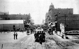 Fair Oaks Avenue (Pasadena, California) - 1889 Fair Oaks Avenue looking south from Colorado Street (now Colorado Boulevard).