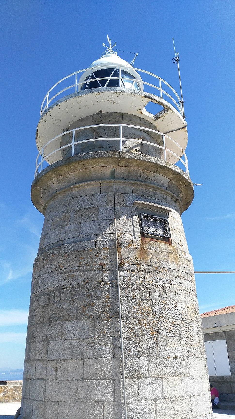 Faro Cíes detalle