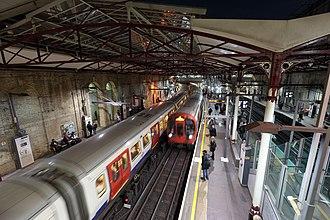 Farringdon station - Underground trains at Farringdon Station