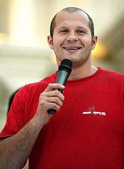 Fedor Emelianenko 2006.jpg