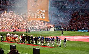 2010 Football League Championship play-off Final - Image: Flickr joncandy Teams Line Up