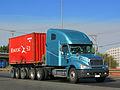 Freightliner CL Columbia 2013 (16796747080).jpg
