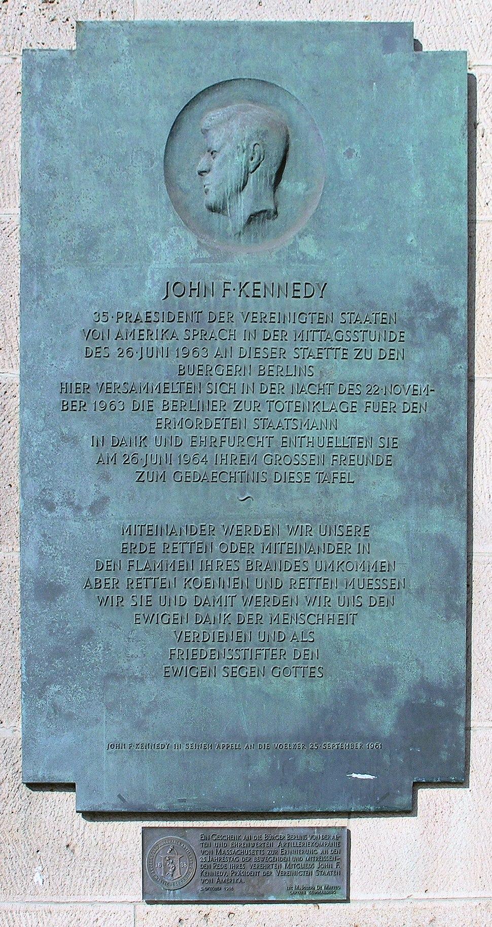 Gedenktafel John-F.-Kennedy-Platz (Sch%C3%B6b) John F Kennedy.JPG