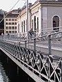 Geneve pont Machine 2011-09-09 08 17 47 PICT4486.JPG