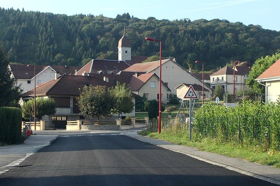 Entrée de Gennes (Doubs).