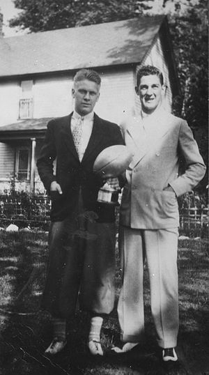 1932 Michigan Wolverines football team - Gerald Ford (left) holding Meyer Morton Award with Herman Everhardus, 1932