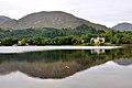 Glenfinnan, Denkmal Bonnie Prince Charlie am Loch Shiel (38560634956).jpg
