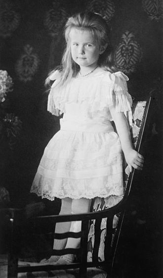 Grand Duchess Anastasia Nikolaevna of Russia - Grand Duchess Anastasia in a formal portrait taken in 1906