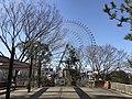 Grand ferris wheel of Tempozan Harbor Village from observation deck in Tempozan Park 2.jpg